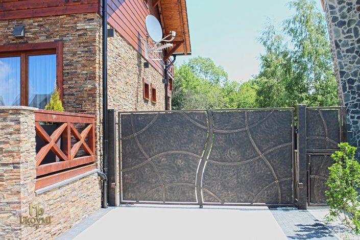 Portail-portillon-clôture-fer-forgé