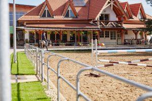 Meubles de jardin en fer forgé - terrasse - pavillon - tonnelle